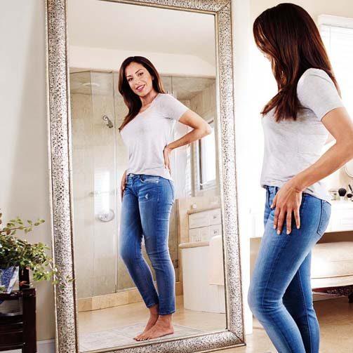 girl-mirror